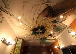 натяжной потолок с фотопечатью ванная комната