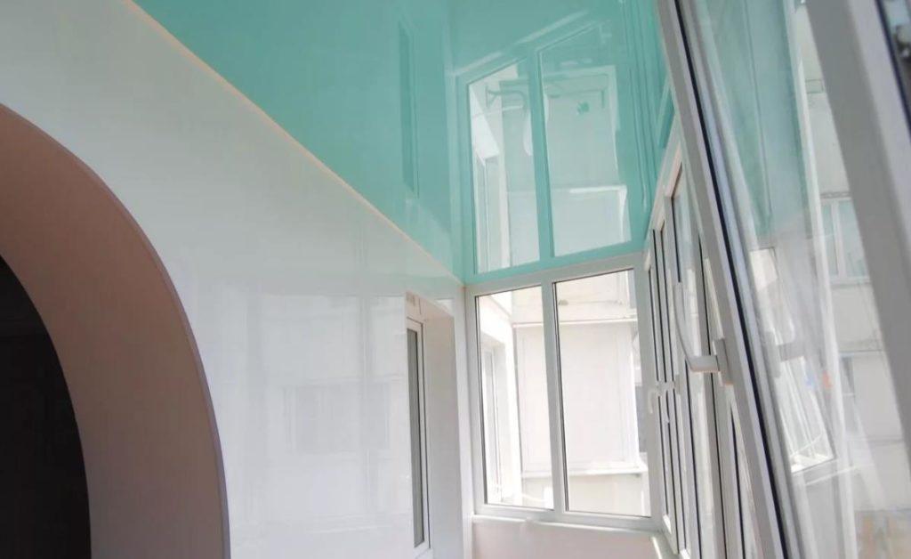 натяжной потолок на балконе лоджии 15