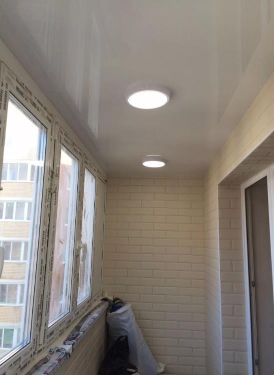 натяжной потолок на балконе лоджии 18