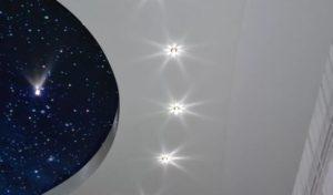 натяжной потолок звездное небо 1