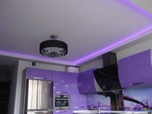 натяжные потолки с подсветкой 24