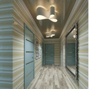 натяжной потолок в коридоре 11