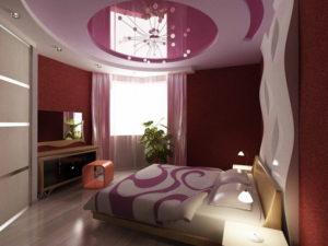 Натяжной потолок в спальне 55