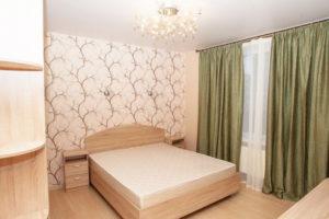 Натяжной потолок в спальне 39