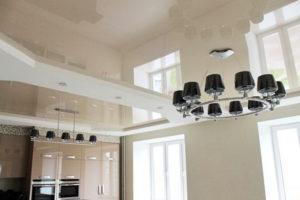 Натяжной потолок на кухне 21