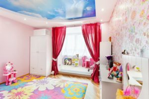 натяжной потолок в детскую 21