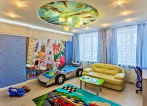 натяжной потолок в детской 45
