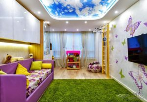 натяжной потолок в детской 36