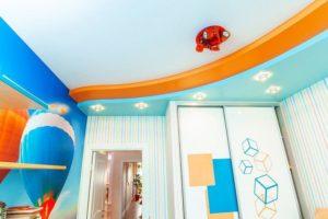 натяжной потолок в детскую 2
