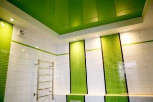 натяжной потолок в ванной 26